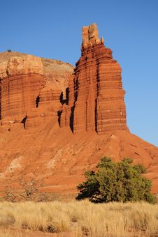Free Rock Tower And Field In Utah Stock Photos - 6846013
