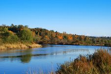 Free View Of The River In Autumn Royalty Free Stock Photography - 6847457