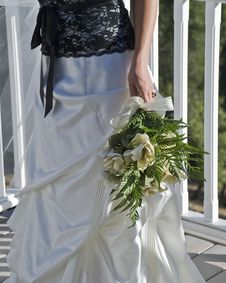 Free Bride With Flowers Stock Photography - 6847852
