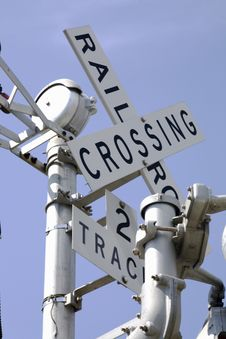 Free Railroad Crossing Sign Stock Images - 6847894