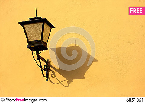 Free Vintage Street Lamp Stock Image - 6851861