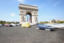 Free Arc De Triomphe Royalty Free Stock Image - 6851576