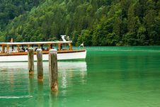 Free Cruise Boat On The Lake Stock Photo - 6855760