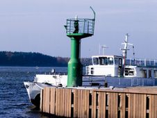 Free Small Lighthouse And Boat Stock Photo - 6857750