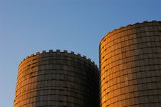Free Old Grain Silos Royalty Free Stock Photos - 6859478