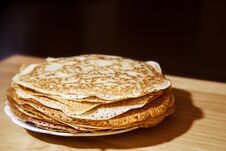 Free Stack Of Pancakes On A Plate Stock Photography - 68582452