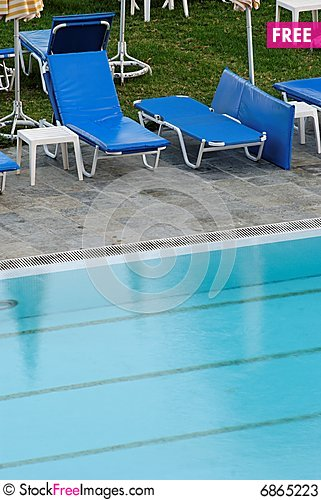 Free Swimming Pool Stock Photos - 6865223