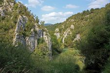 The Rocks And Lake Of Plitvice ,the Croatia Royalty Free Stock Images