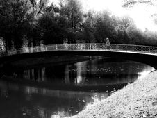 Free Bridge Royalty Free Stock Image - 6864186