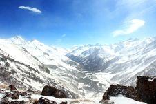 Free Caucasus Mountains 3 Royalty Free Stock Photos - 6864438