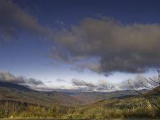 Free Moon And Mountain Stock Photos - 6864453