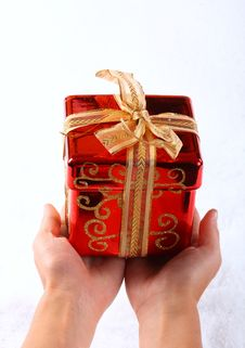 Free Small Red Gift On Hand Royalty Free Stock Image - 6867546