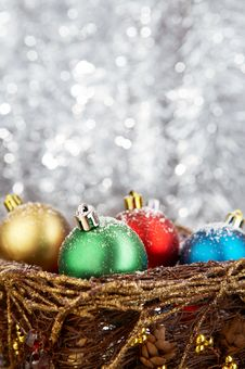 Free Christmas Balls Royalty Free Stock Photos - 6867638
