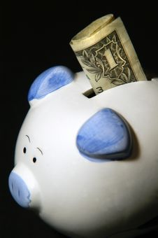 Free Piggy Bank Royalty Free Stock Images - 6868959