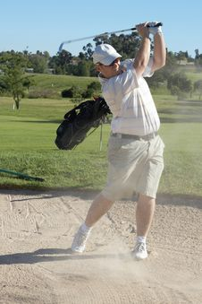 Free Golfer In Sand Bunker Royalty Free Stock Photos - 6869318