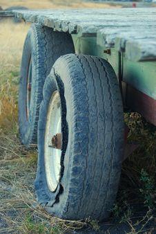 Free Broken Cart Stock Images - 6871534