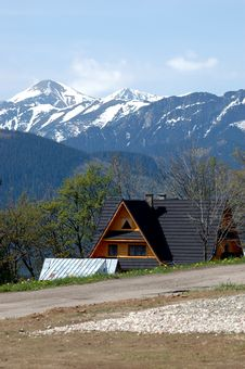 House In Tatra Mountains Royalty Free Stock Images