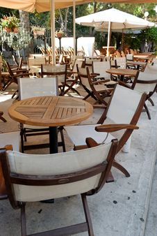 Free Chairs & Table Royalty Free Stock Photography - 6872907