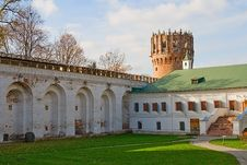 Free Ancient Monastic Wall And Tower Royalty Free Stock Image - 6877436