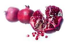 Free Fresh Pomegranate Royalty Free Stock Image - 6879586