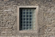 Free Rock Wall With Window Royalty Free Stock Photo - 6888705