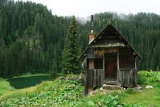 Free The Wood Cabin Royalty Free Stock Photos - 6890358