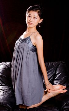 Free Chinese Model In Skirt Stock Photography - 6890392