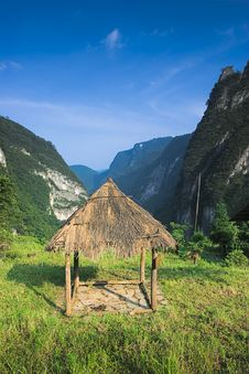 Free Mountains And Thatched Pavilion Royalty Free Stock Photo - 6890835