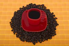 Free Red Cup With Coffee Beans Stock Photos - 6890893