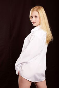Free The Girl In A White Shirt Royalty Free Stock Images - 6891899