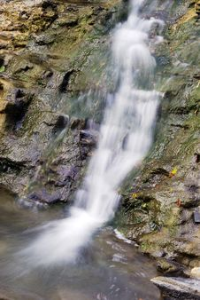 Free Small Waterfall. More Blur. Stock Photography - 6892212