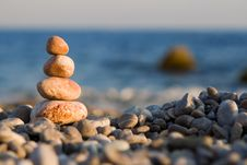 Free Balanced Stones Stock Photos - 6894083