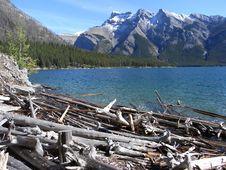 Free Canadian Lake Royalty Free Stock Image - 6895166