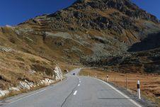 Free Alpine Road Royalty Free Stock Photo - 6897045