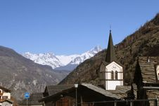 Free Alpine Village Royalty Free Stock Photo - 6897585
