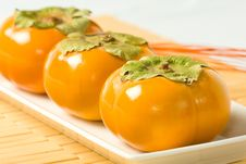 Free Close Up Diagonal Persimmons Stock Photography - 6898892