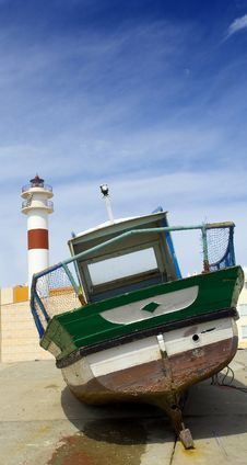 Free Boat And Lighthouse Stock Images - 699314