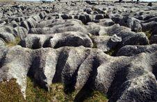 Free Crumbling Rocks Royalty Free Stock Photos - 699908