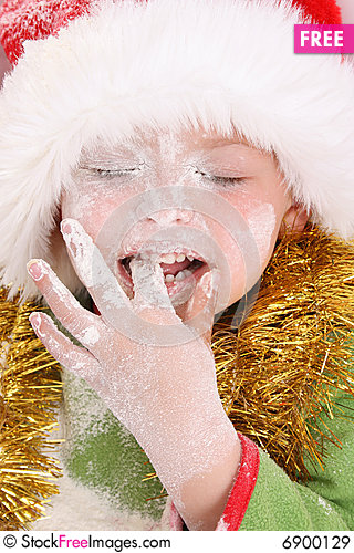Free Baking Christmas Cookies Royalty Free Stock Images - 6900129