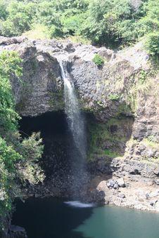 Free Rainbow Falls Hilo Stock Image - 6900221