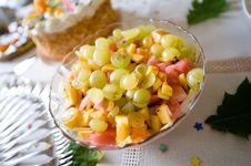 Free Fresh Fruits On Table Stock Photos - 6900923