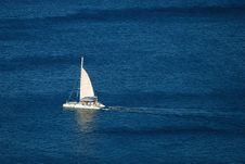 Free White Yacht On The Blue Sea Royalty Free Stock Photography - 6902907
