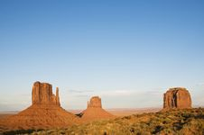 Free Monument Valley Royalty Free Stock Photo - 6903355