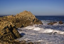 Free Rocky Pacific Coast Royalty Free Stock Images - 6905709