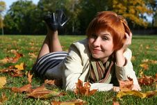 Free Young Woman In Autumn Park Royalty Free Stock Photography - 6908067