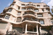 Free Casa Mila - Barcelona Royalty Free Stock Image - 6909166