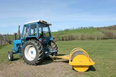 Free Tractor And Roller Royalty Free Stock Image - 6909386
