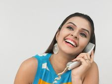 Free Woman Speaking In The Phone Stock Images - 6911334