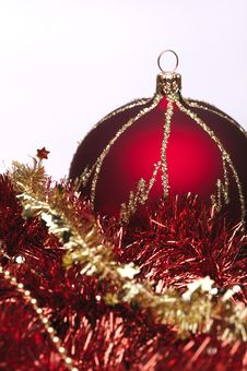 Free Red Christmas Decorations Royalty Free Stock Image - 6912846