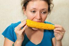 Free Girl Eating Corncob Royalty Free Stock Photos - 6913338
